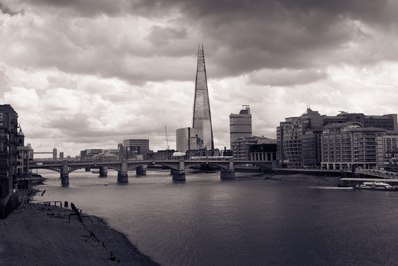 The Shard ~ Creating mood in the image using black and white